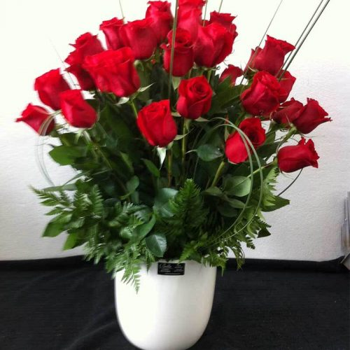 Bouquet of Red Roses Pot
