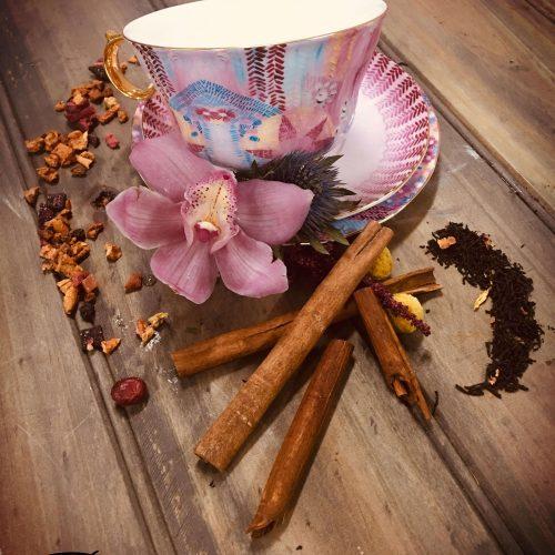 Palm Beach Soy Candle - image t2-pink-tea-set-500x500 on https://bellafloralboutique.com.au